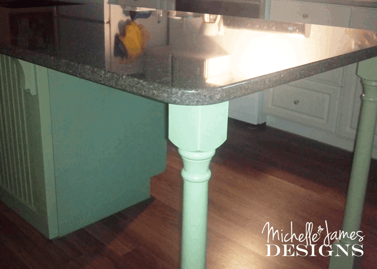 Quartz Counter Top - Kitchen Remodel - www.michellejdesigns.com