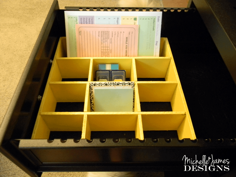 Instant-Desk-Drawer-Organizer - www.michellejdesigns.com - Use what you have as organizers for your home. #organizing, #diy, #upcycle