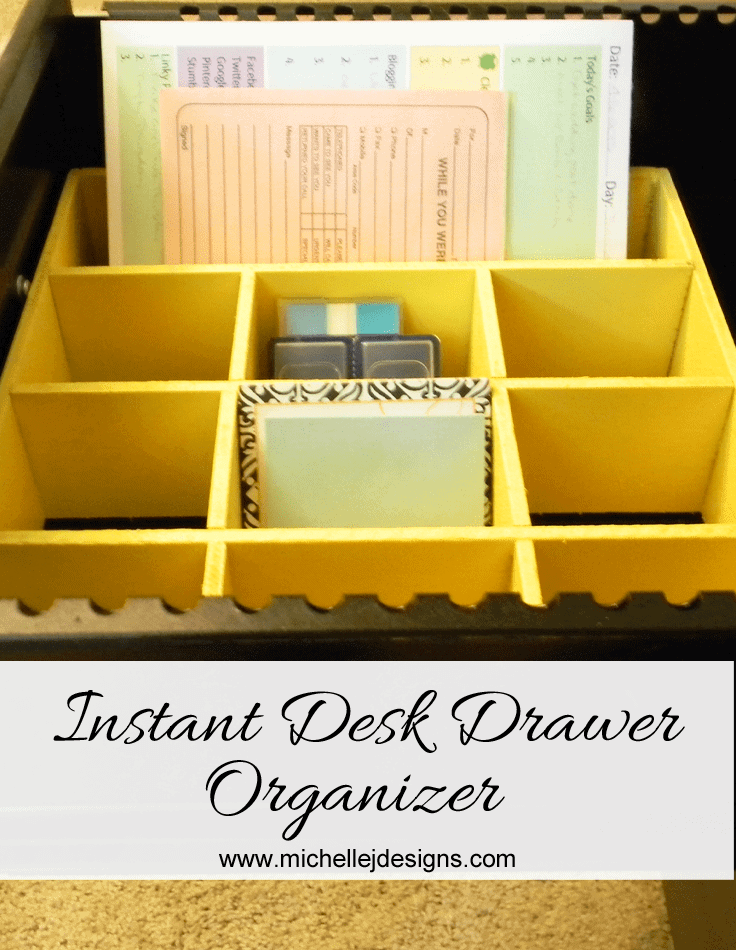 Instant-Desk-Drawer-Organizer - www.michellejdesigns.com  Create an organizer using things you can find around your house.  I did.