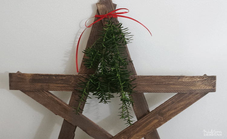 How To Create a Wooden Star - www.michellejdesigns.com - learn how to make a rustic, wooden Christmas star for your Holiday decor