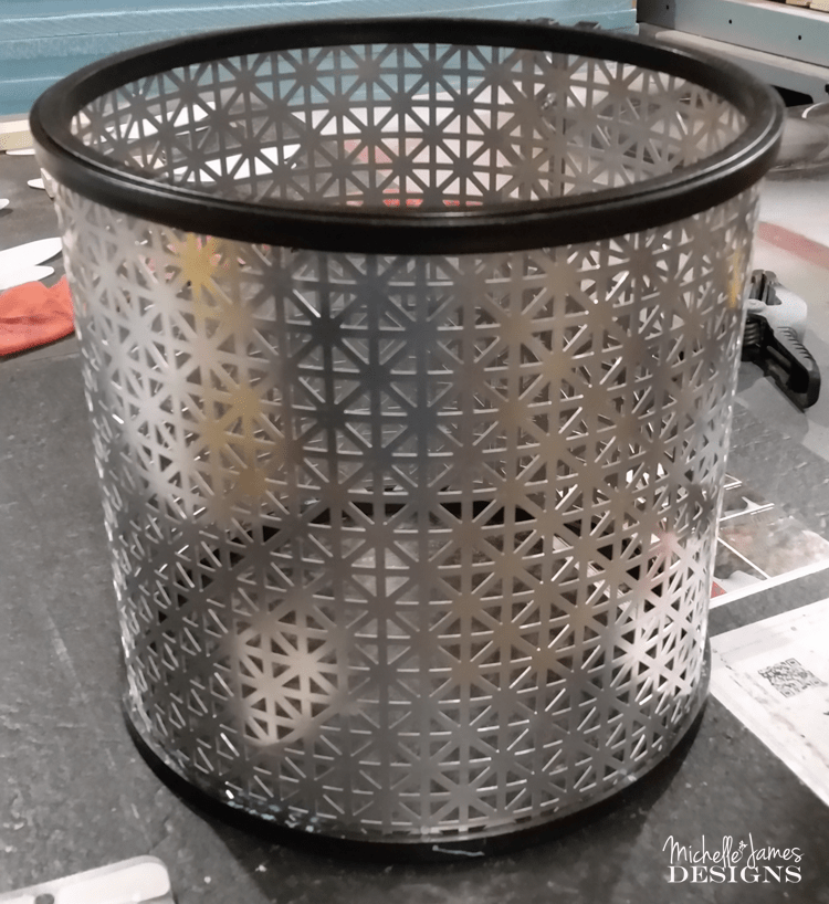 DIY Metal Lampshade - www.michellejdesigns.com - I created this from a piece of metal and some embroidery hoops and you can too!