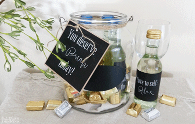 These diy mini wine labels fit perfectly onto the mini wine labels and make a great gift for a friend or family member who has been stressed or is going through a tough time! - www.michellejdesigns.com #michellejdesigns #winelabels #printablewinelabels #miniwinebottles #freeprintable #giftsinajar
