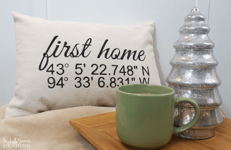 Coordinates Throw Pillow - www.michellejdesigns.com - I was asked to create some coordinates throw pillows for some first home gifts. I used drop cloth and my Silhouette Cameo and they turned out so nice!