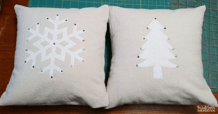 Winter Wonderland Throw Pillows Using The Silhouette Cameo - www.michellejdesigns.com - I saw some great throw pillows in a really nice shop and knew I could create a similar look with my Silhouette Cameo machine. Look how they turned out!