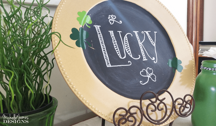 How To Make A Lucky St Patrick's Day Chalkboard