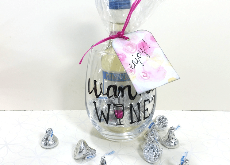 create-gifts-using-glass-paint-markers
