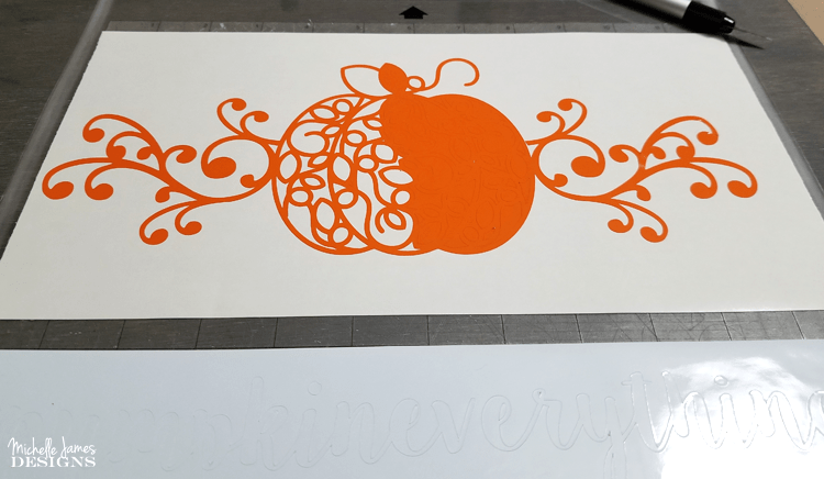 An easy way to create a fall wooden sign using the Silhouette Cameo and DecoArt! - www.michellejdesigns.com