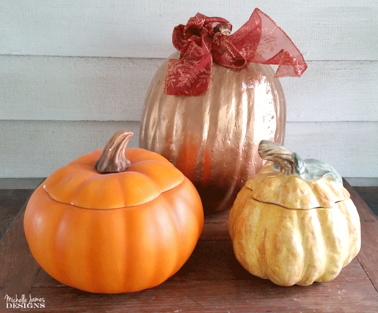 I love a good thrift store challenge and these ceramic pumpkins were a fun thrift store makeover! www.michellejdesigns.com