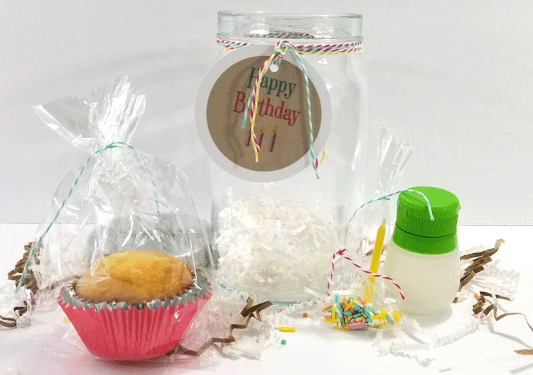 How about a great birthday gift in a jar? Anyone would love this amazing easy DIY birthday gift that is perfect for kids and adults! #birthdaygift #birthdaygiftinajar #birthdayinajar #happybirthday #jargifts #jars - www.michellejdesigns.com