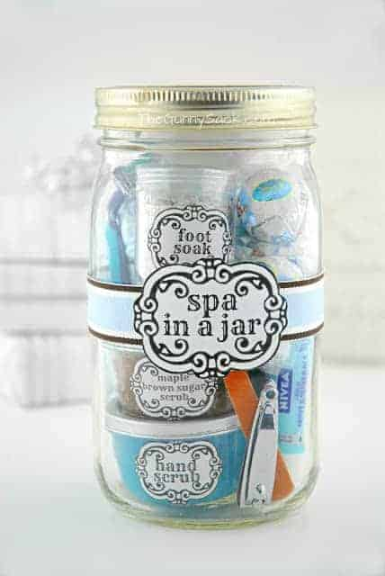 I love to make creative gifts for people. A gift in a jar is so fun and easy to make and you can customize each one for a special person. Check out these awesome gift in a jar ideas -#gifts #giftideas #jargifts #giftinajar - www.michellejdesigns.com