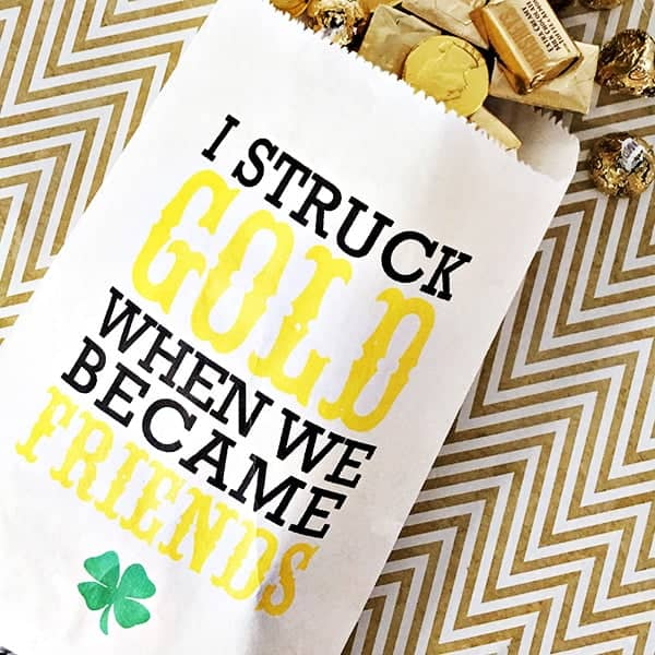 All of these amazing St. Patrick's Day ideas are perfect for our St. Patrick's Day Celebration #Stpatsideas #stpatricksday #stpatsdecor
