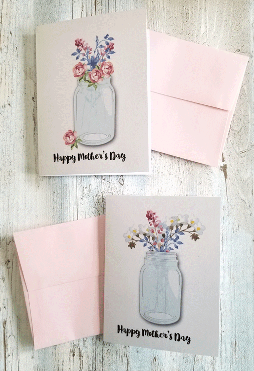 Mother's Day is coming right up and I don't want you to forget to send a card. Here are some Mother's Day card ideas with a free printable I designed! Enjoy! - #Mothersday #Mothersdaycard #freeprintable #printables - www.michellejdesigns.com