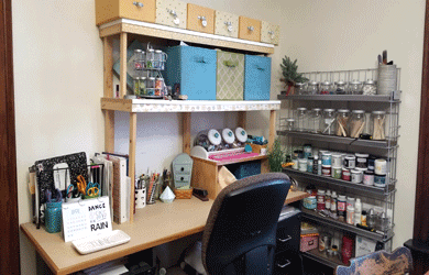 This is my attempt at a small amount of craft room organization starting with a drawer and my desk top #craftroomorganization #organize #craftroom -www.michellejdesigns.com