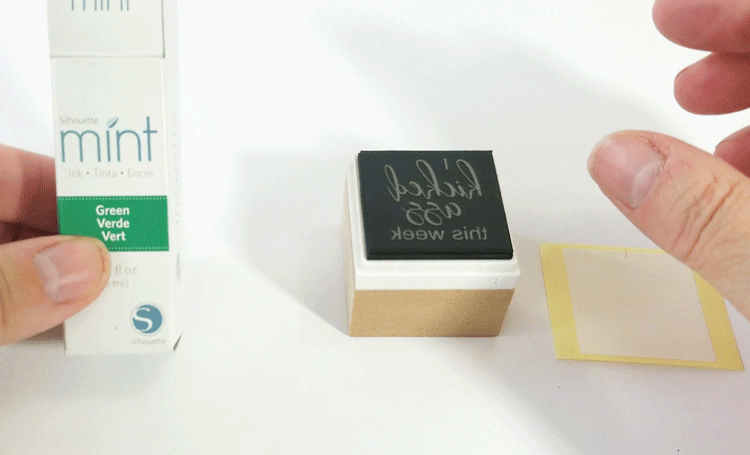 Create your own unique DIY rubber stamp using the Silhouette Mint machine! - #michellejdesigns #silhouettemint #diyrubberstamps