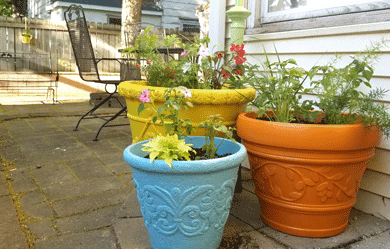 Rejuvenate Painted Planters For Your Flowers