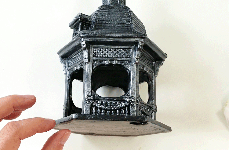 Painted and highlighted Gazebo for the Halloween village set