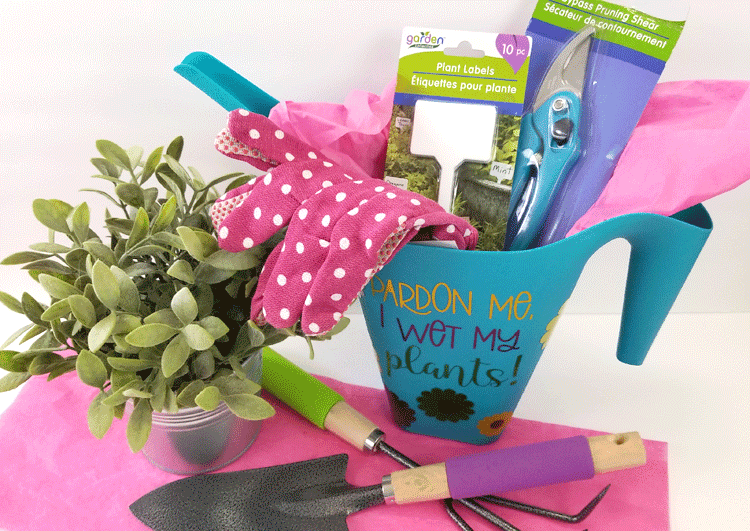 Finished garden gift basket with gardening tools.