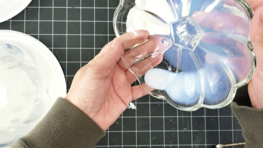Covering the inside of the glass pumpkin lid with polycrylic