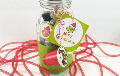 Finished Grinch jar gift ready to give to a friend or family member!