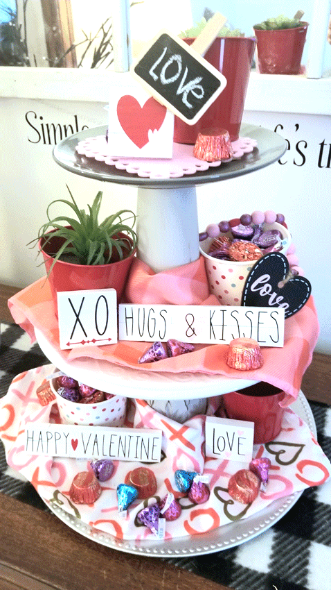 The finished Valentine tiered tray.