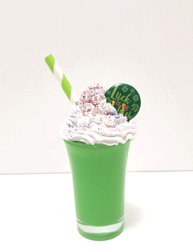 The finished mini faux dessert that will go onto my St. Pat's tiered tray