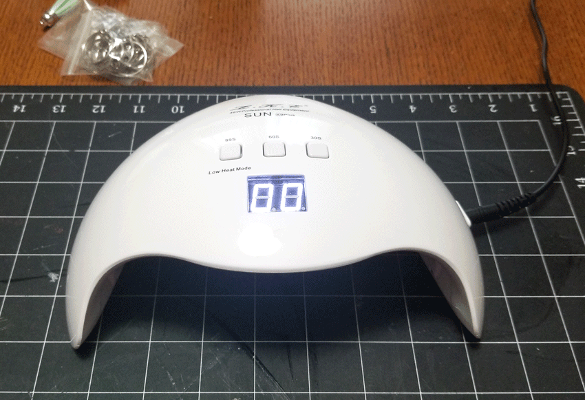 UV light used to cure the UV resin.