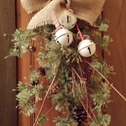 Christmas Swag - www.michellejdesigns.com