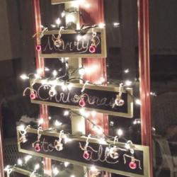 Wooden Christmas Tree - www.michellejdesigns.com
